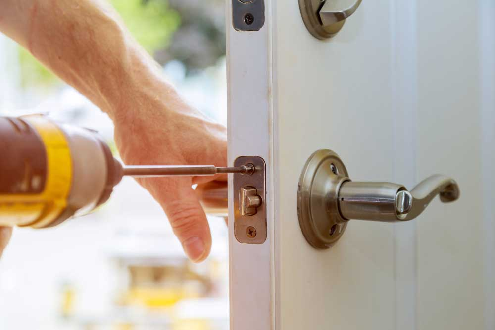door locksmith